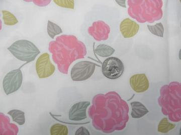 vintage polished cotton fabric, pink floral print, flowers on ivory