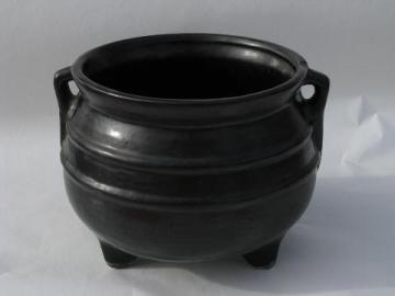 vintage pottery planter, black iron kettle, witches cauldron for Halloween!