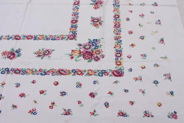 vintage print cotton tablecloths, retro 40s 50s kitchen tablecloth lot