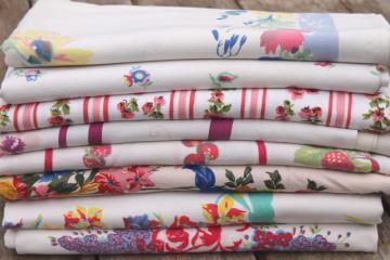 vintage print cotton tablecloths, retro 40s 50s kitchen tablecloth lot