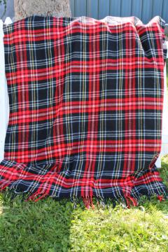 vintage red & black woven plaid blanket, fringed throw rustic camp / cabin decor