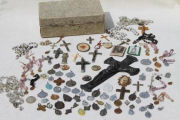vintage religious jewelry lot, rosaries, holy medals, crucifixes, collection of 95 pieces
