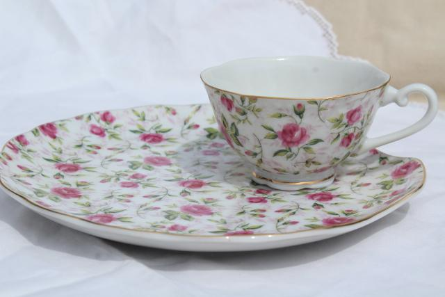 vintage rose chintz pattern Lefton china snack luncheon sets, plates & tea cups for 4