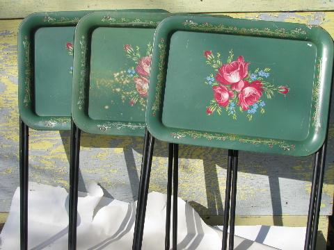 Vintage Roses On Green Tole Litho Print Metal Folding Tv