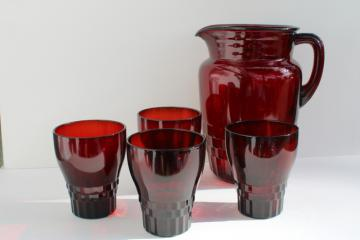 vintage royal ruby red Windsor pattern glass pitcher and flat tumblers drinking glasses