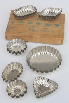 vintage sandbakkel tin molds & tart pans, fluted metal baking pans & cookie molds