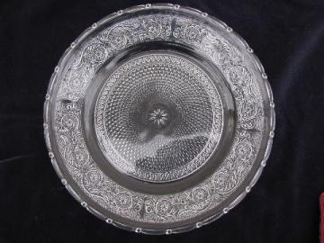 vintage sandwich pattern pressed glass cake plate