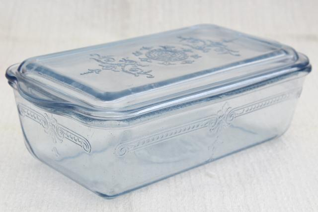 vintage sapphire blue Fire-King Philbe pattern glass loaf baking pan / fridge dish with lid