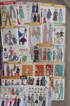vintage sewing patterns lot, 70s retro fashions in plus sizes, pantsuits & dresses