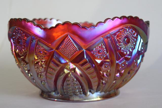 vintage sunset red carnival glass bowl, Indiana heirloom pattern luster glass