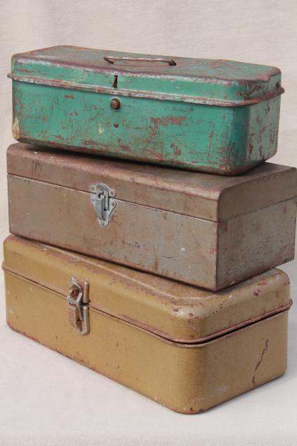 Charmant Vintage Tool U0026 Tackle Boxes, Rustic Industrial Metal Storage Box Collection