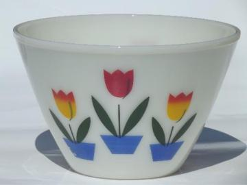 vintage tulip Fire-King ivory glass mixing bowl, large splash proof bowl