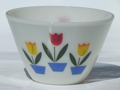 Vintage Tulip Fire King Ivory Glass Mixing Bowl Medium