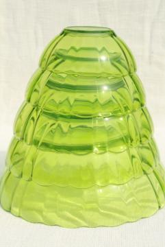 vintage vaseline green glass nesting bowls, mixing bowl nest graduated sizes