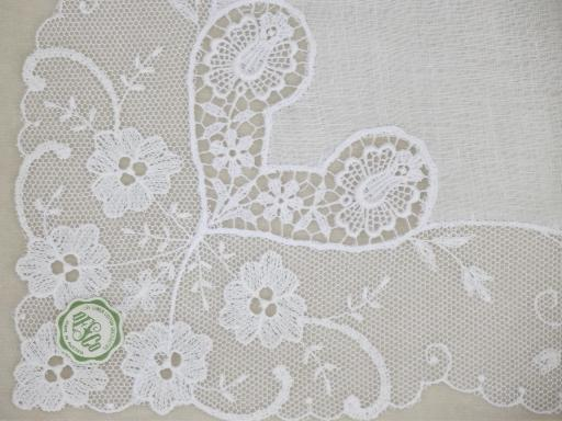 vintage white lace hankies, bride's wedding hankerchiefs w/ lacy hearts