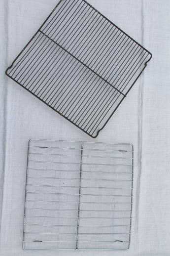 vintage wire cooling racks, lot of 10 old wire racks for a whole shelf of pies!