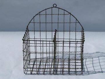 antique & vintage baskets, wicker picnic baskets & wire baskets
