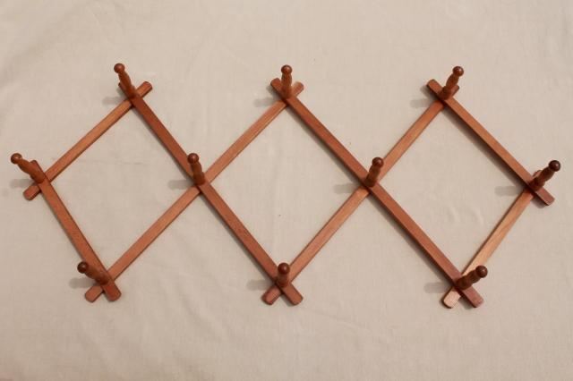 Vintage Wood Peg Mug Rack, Accordion Adjustable Wall Rack For Coffee Mugs  Or Coat Rack