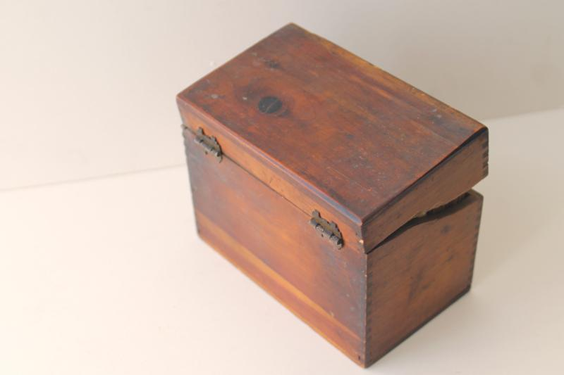 vintage wood recipe box full of old recipes 40s 50s 60s, some hand written cards
