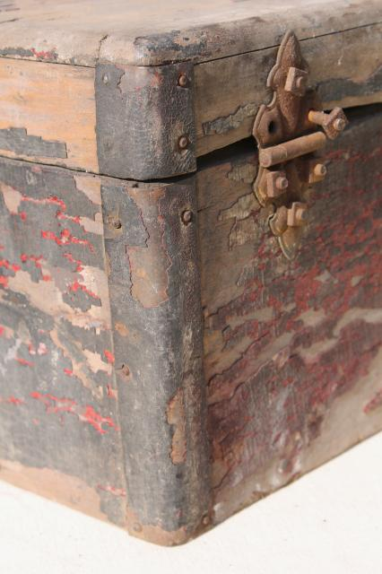 Vintage Wood Trunk Wooden Carpenter S Box Antique Tool