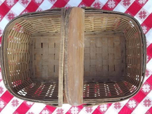 vintage wood wicker picnic hamper, basket w/ handles toy doll child size