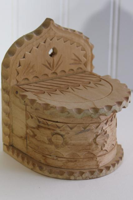 Swiss Chip Carved Pine Wood Wall Mount