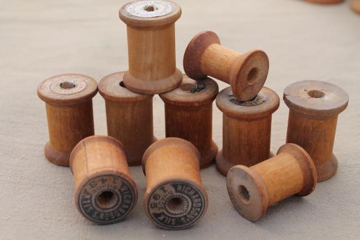 Vintage Wooden Spools Old Sewing Thread Spools Primitive Wood