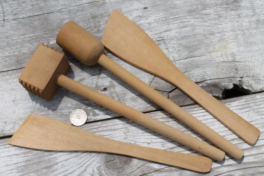 vintage wooden spoons & wood kitchen utensils, old kitchen woodenware lot