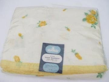 vintage yellow roses sheet blanket, soft plush cotton, mint in Harmony House package