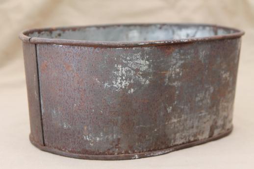 Greatest vintage zinc planter bucket, old rusty crusty primitive small  WI98