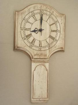 whitewash wood Seth Thomas wall clock, vintage country primitive white wash