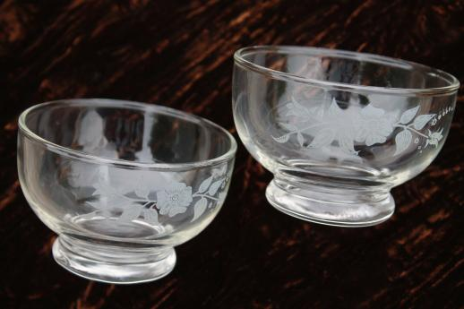 Wild Rose Floral Pattern Clear Glass Bowls Vintage Anchor