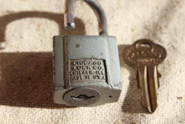 working vintage padlock, Chicago Lock steel w/ original brass key