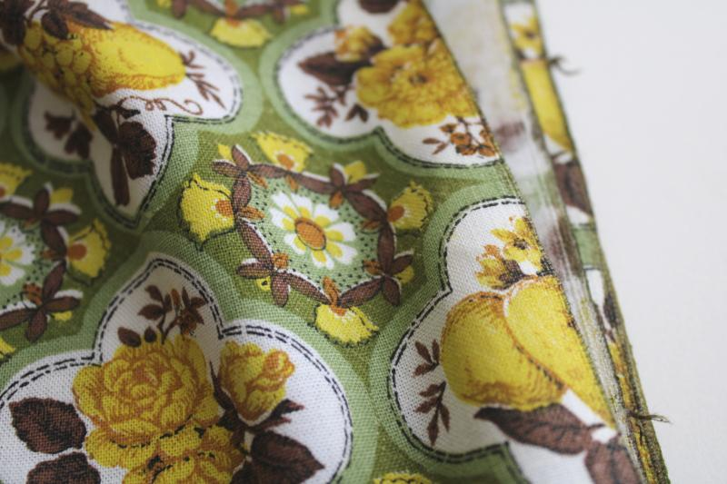 yellow roses w/ green vintage print cotton feedsack weave fabric 36 wide