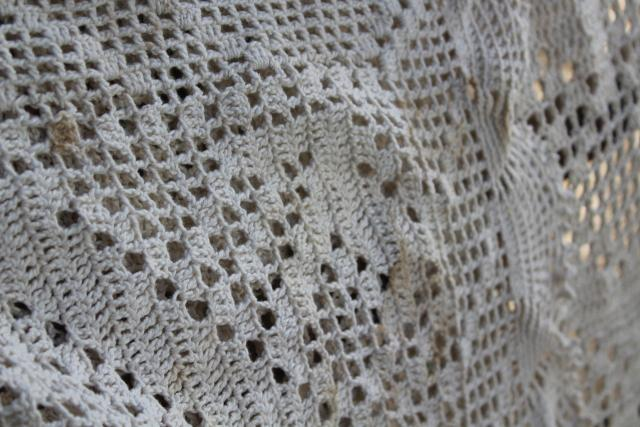 zigzag pattern vintage crochet lace, handmade heavy cotton lace tablecloth or throw