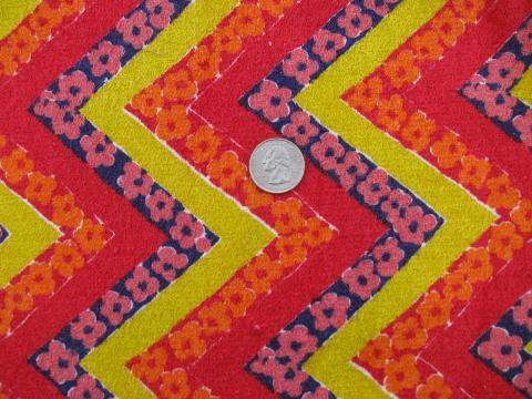 zig-zag print retro mod vintage cotton terry cloth fabric